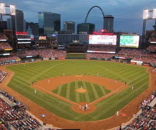 2017 Winter Classic: St. Louis Blues to host Chicago Blackhawks at Busch Stadium