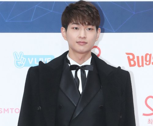 SHINee singer Onew releases solo EP, music video