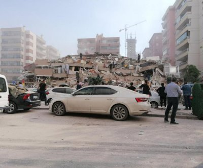 7-magnitude earthquake rocks Turkey, Greece