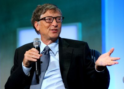 Lucky Reddit user gets Bill Gates as her Secret Santa
