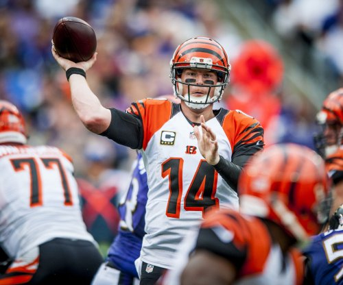 Cincinnati Bengals: Andy Dalton taking charge of offense