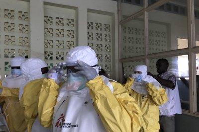 Uganda health workers get pre-emptory vaccinations against Ebola