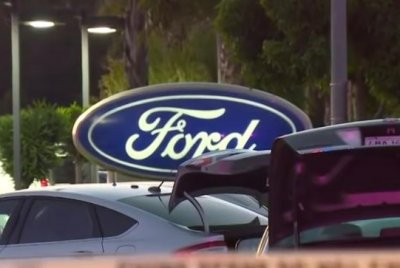 Police: Gunman kills 2 managers, self at Bay Area dealership