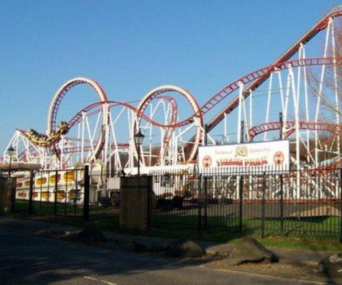 Ten hurt when roller coaster derails in Scotland