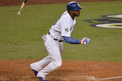 Dodgers' Puig continues hot streak, hits 434-foot homer vs. Marlins