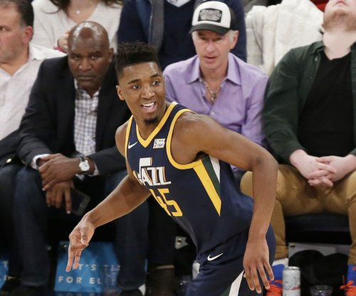 Jazz guard Mitchell says he won't try to defend dunk crown