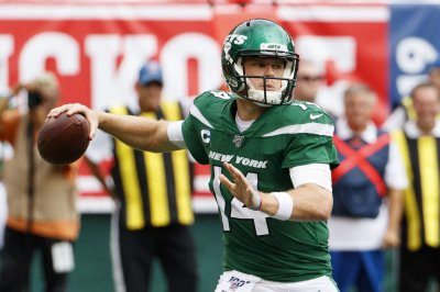 New York Jets QB Sam Darnold cleared to return, will start vs. Dallas Cowboys