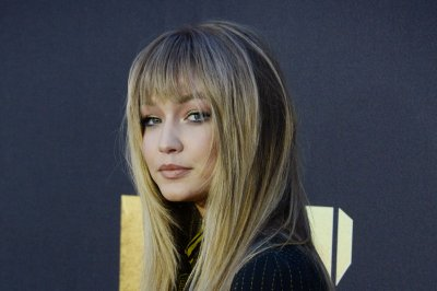 Gigi Hadid wears bangs to 2016 MTV Movie Awards