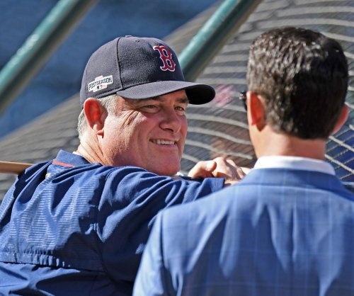 Boston Red Sox pick up John Farrell's 2018 contract option