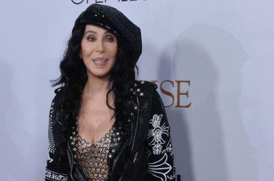 Cher to release new album 'Dancing Queen'