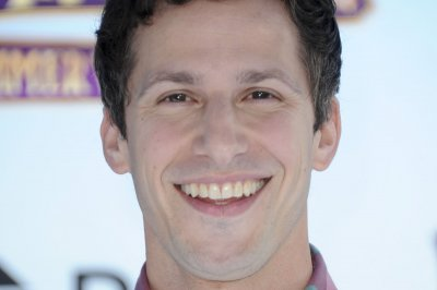 'Brooklyn Nine-Nine' cast celebrate production start on Season 6