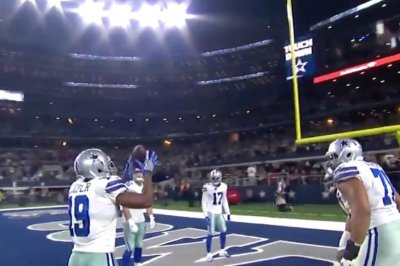 Amari Cooper trolls Markelle Fultz with TD celebration