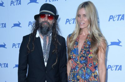 'The Munsters': Rob Zombie gives first look at Munster family
