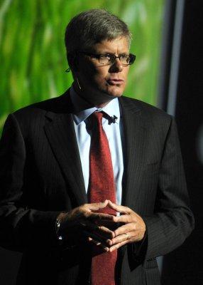 Qualcomm promotes Mollenkompf to CEO