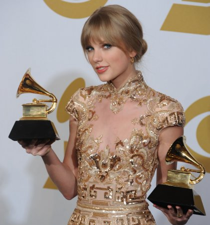 Taylor Swift's 'Red' still No. 1 on the U.S. album chart