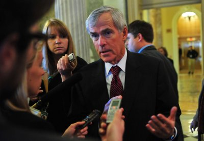 Poll shows Sen. Mark Udall, D-Colo., in tight race for second term