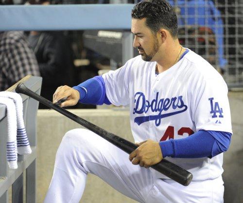 Los Angeles Dodgers handle Seattle Mariners