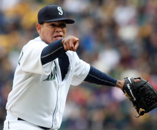 Franklin Gutierrez, Felix Hernandez lead Seattle Mariners past Cincinnati Reds