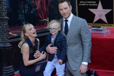 Chris Pratt's wife Anna Faris, son Jack attend his Hollywood Walk of Fame ceremony