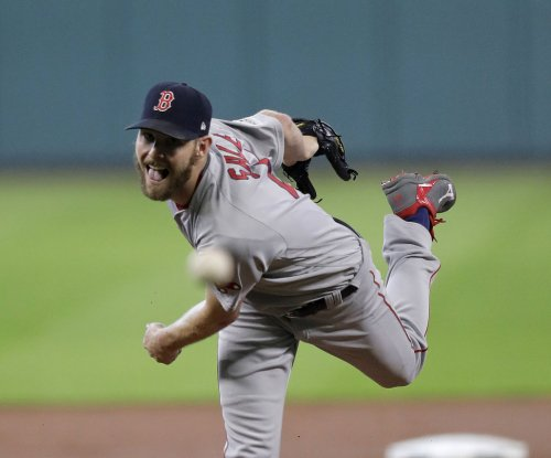 Chris Sale looks to guide Red Sox to sweep of Rangers