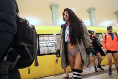 Commuters in 20 cities drop trou for No Pants Subway Ride