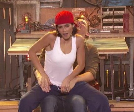 Jenna Dewan channels Channing Tatum on 'Lip Sync Battle'