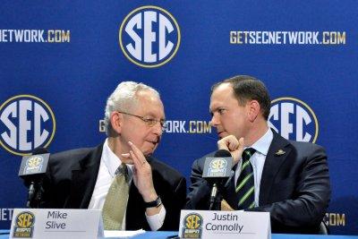 SEC shows huge financial gains
