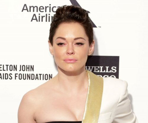Rose McGowan sends message of solidarity to Shannen Doherty amid cancer battle
