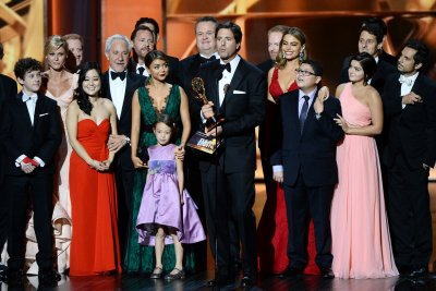 ABC renews 'Modern Family' for 11th and final season
