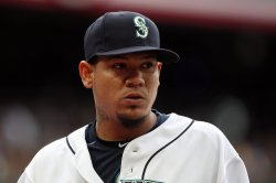 Orioles signing former Cy Young winner Felix Hernandez to minors deal