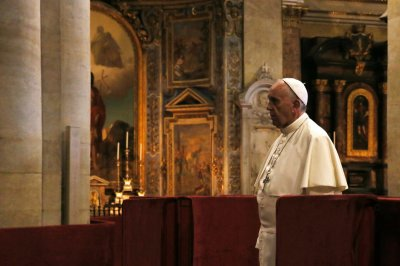 Officials try to suppress resale of pope tickets on 40th anniversary of American saint
