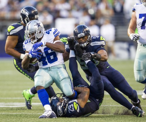 Dallas Cowboys RB Ezekiel Elliott spotted at marijuana store before Seattle Seahawks game