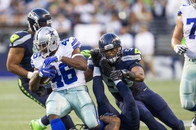 Dallas Cowboys RB Ezekiel Elliott spotted at marijuana store before Seattle Seahawks game
