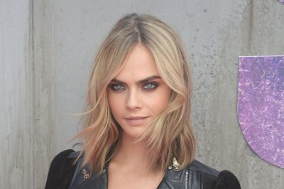 Victoria's Secret supports Cara Delevingne after 'bloated' report