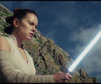Second 'Star Wars: The Last Jedi' trailer debuts