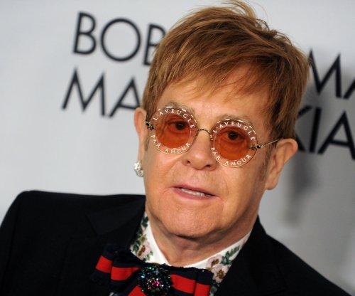 Elton John announces 300-date farewell tour