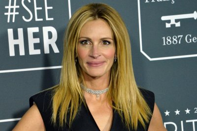 Julia Roberts in talks for new Amazon limited series