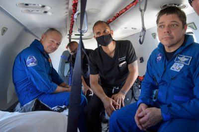 Astronauts praise 'flawless' SpaceX capsule landing