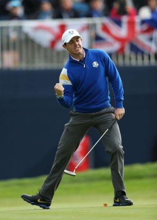 McIlroy, Lowry share lead in Dubai