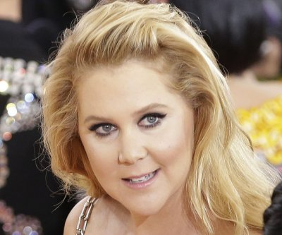 Amy Schumer to body shamers: 'This is how I look'