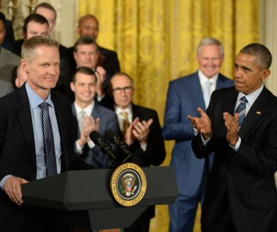 Steve Kerr on gun control: 'Our government is insane'