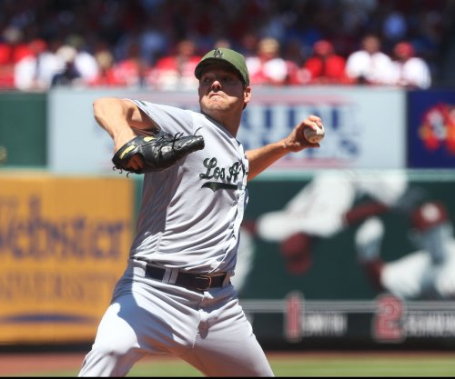 Rich Hill bounces back to help pitch Los Angeles Dodgers past St. Louis Cardinals