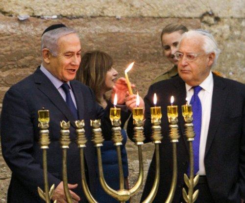 Netanyahu, U.S. ambassador light menorah 1 year after U.S. recognizes Jerusalem