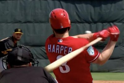 Bryce Harper gets first Phillies hits in Minor League game