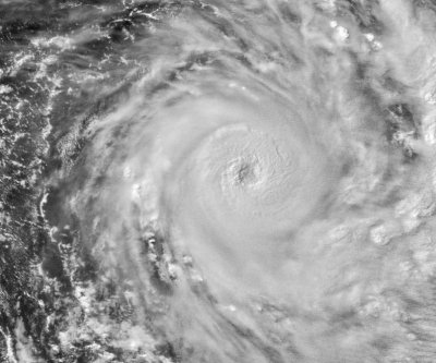 Deadly tropical cyclone bears down on Fiji islands