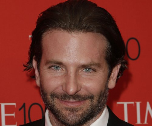 Bradley Cooper, Bruno Mars to receive Walk of Fame stars in 2016