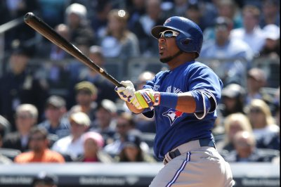 Edwin Encarnacion's two homers lift Toronto Blue Jays