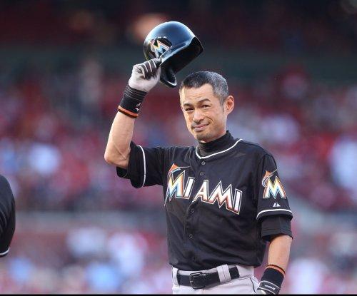 Ichiro Suzuki breaks Pete Rose's hit mark, but San Diego Padres top Miami Marlins