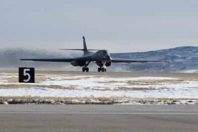 Boeing awarded $400M contract for B-1, B-52 engineering services
