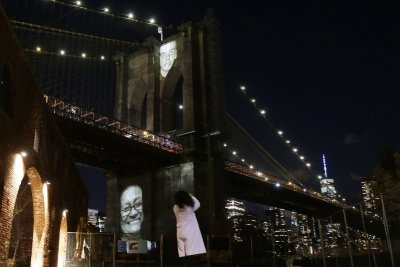 Images of NYC's COVID-19 dead projected onto Brooklyn Bridge